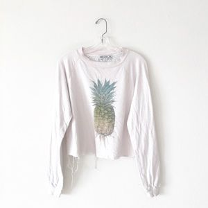 WILDFOX • distressed cropped pineapple crewneck